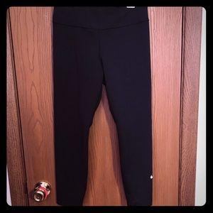 Women's Nike dry fit leggings